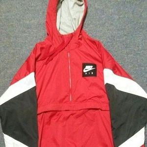 9/10 conditon... Nike hoody jacket